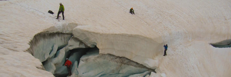 Hochtour, Führungen, Alpinschule, Bergführer, Hochtourenkurs, Eiswand, Spaltenbergung