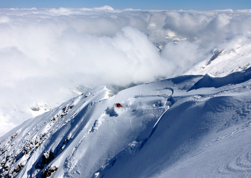 Skifahrer Schneebrett