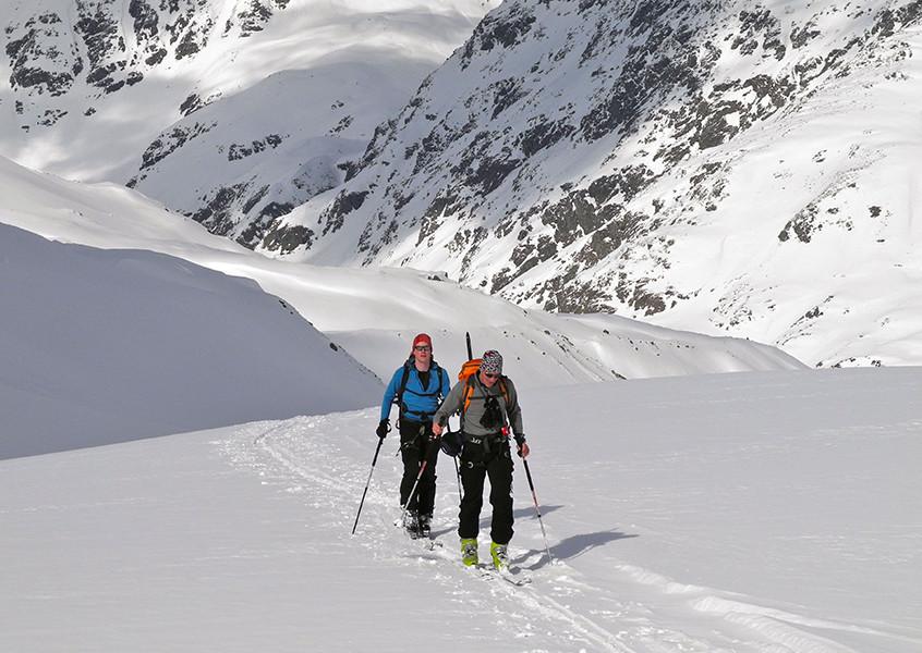 Skitour mit Bergführer Stubai